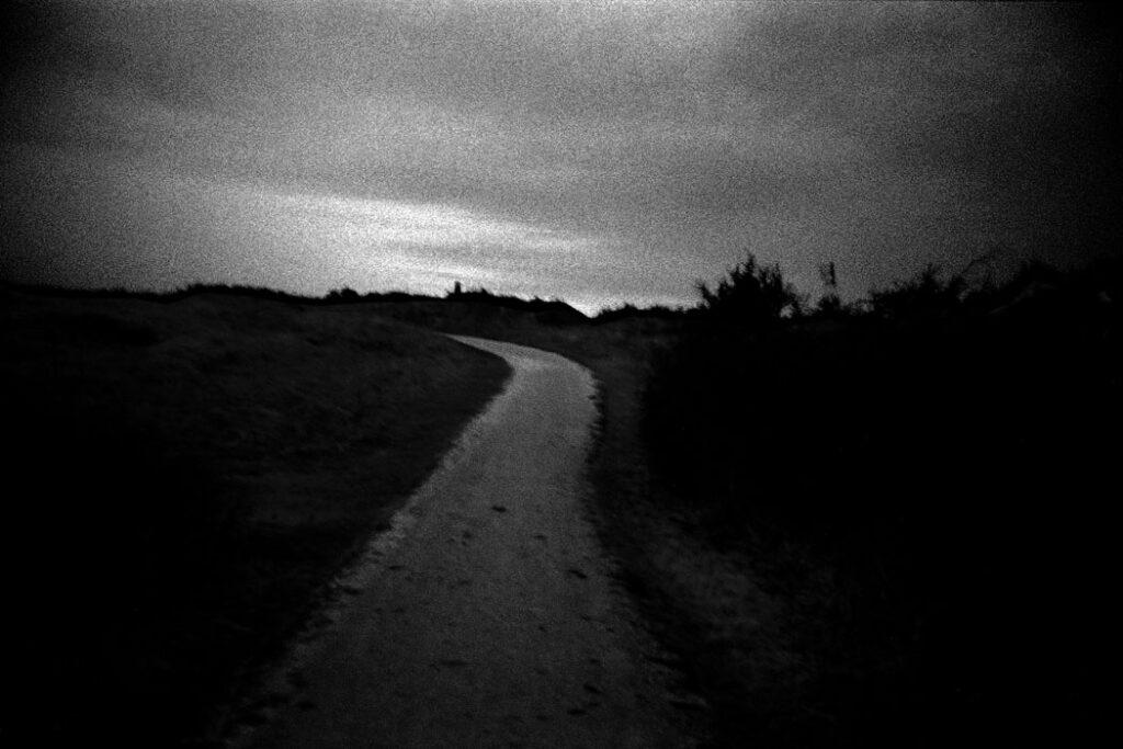 Jehsong Baak, Winding path 2005, Schiermonnikoog 2005
